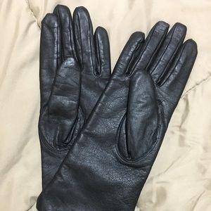 Women's fashion gloves